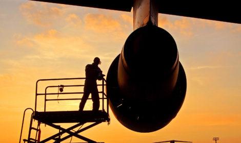 Technik Mechanik Lotniczy